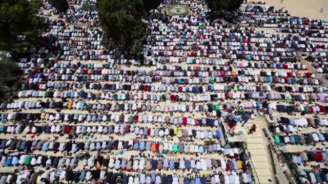 Thousands of Palestinians from the Israelioccupied West Bank and East Jerusalem converged on Jerusalem's AlAqsa Mosque on the second Friday of the...