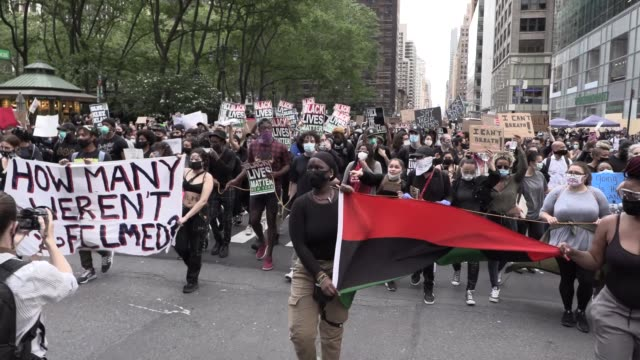 thousands of peaceful young blm protesters march from bryant park to trump tower, in front of saks fifth ave, shout 'black lives matter', 'fuck... - protestor stock videos & royalty-free footage