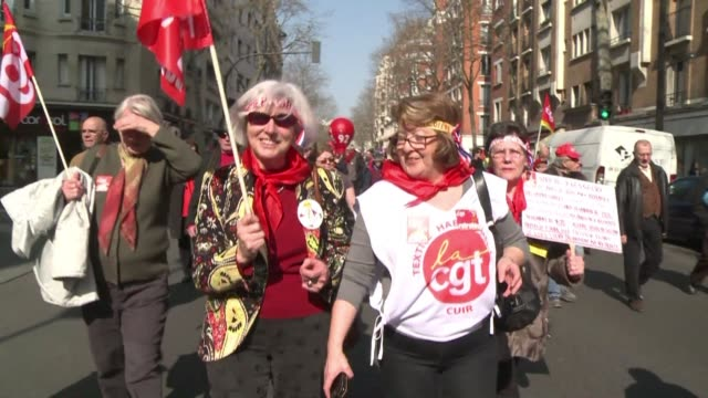 thousands of pensioners marched in france tuesday demanding an improvement to their buying power - fordern stock-videos und b-roll-filmmaterial