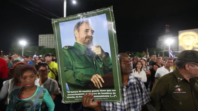 thousands of people attend a commemoration rally to pay tribute to cuban revolutionary leader fidel castro at the revolution square on november 29,... - dice stock videos & royalty-free footage