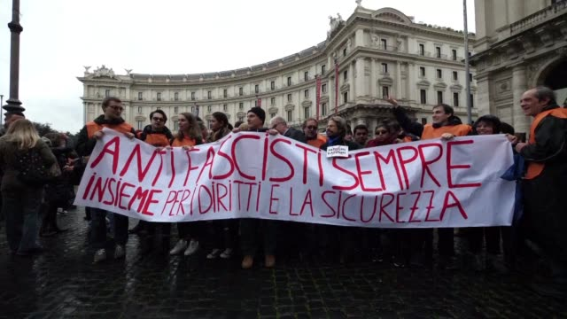 Thousands of people demonstrate in Rome against fascism and racism