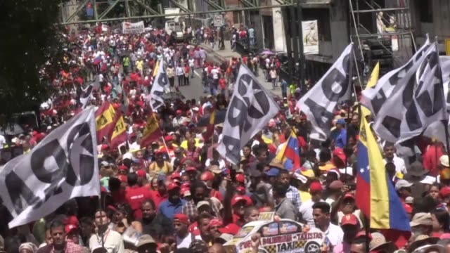thousands of people gather in caracas in support of venezuela president nicolas maduro after an alleged assassination attempt was made on his life... - maduro stock videos & royalty-free footage