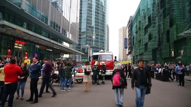 thousands of people have been evacuated from around 30 sites including major buildings universities shopping centres and transport hubs following a... - bomb stock videos & royalty-free footage