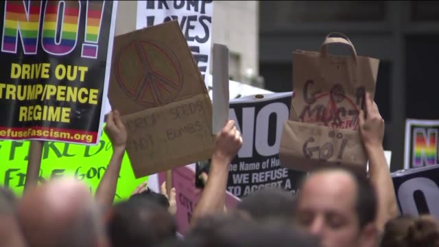 wpix thousands of protesters and heavy security were ready to greet president donald trump as he headed for his home in the city on aug 14 2017 for... - confederate states army stock videos and b-roll footage