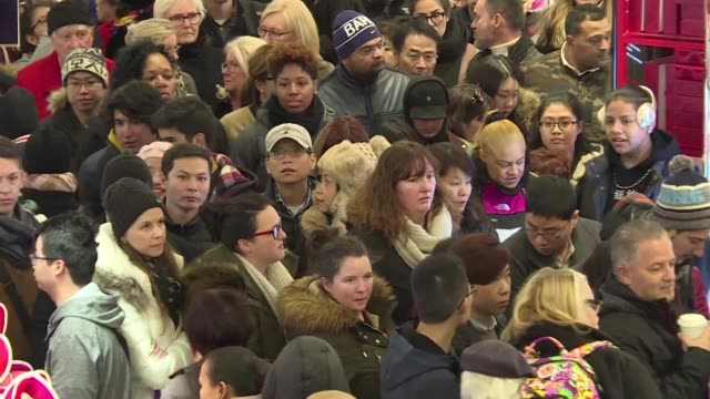 thousands of shoppers flock to new york's iconic department store macy's to enjoy black friday doorbuster promotions - black friday stock videos & royalty-free footage