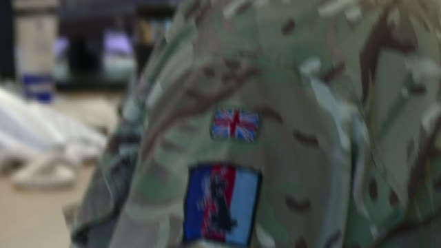 stockvideo's en b-roll-footage met thousands of troops who were called-up to help during the peak of britain's coronavirus crisis, will be stood down in the coming days - we have been... - reportage afbeelding