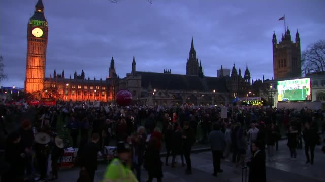 Thousands protest as MPs debate Donald Trump's state visit to the UK Thousands protest as MPs debate Donald Trump's state visit to the UK ENGLAND...
