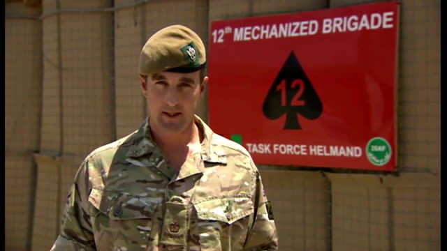 vídeos de stock e filmes b-roll de three british soldiers killed by man in afghan police uniform major andrew cox press conference sot during the exchange of fire the three soldiers... - helmand