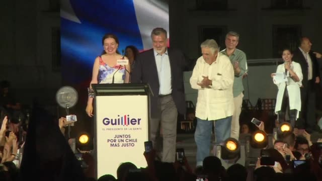 three days before the elections that will designate chilean president michelle bachelet's successor center left candidate alejandro guillier closes... - nachfolger stock-videos und b-roll-filmmaterial