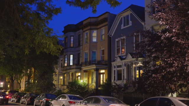 stockvideo's en b-roll-footage met three flat apartments night exterior - establishing shot