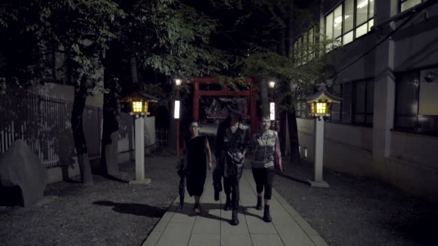 three friends exploring tokyo - new stock videos & royalty-free footage