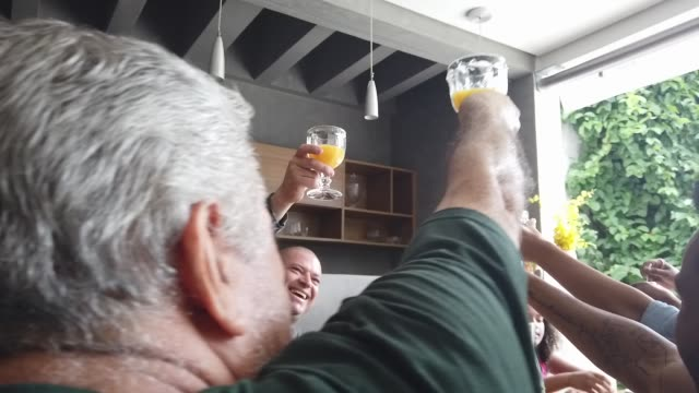 three generations toasting in breakfast - drinking glass stock videos & royalty-free footage