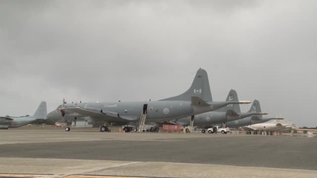 Three Royal Canadian Air Force CP140 Aurora aircraft from 14 Wing Greenwood and 19 Wing Comox arrive at Marine Corps Base Hawaii to take part in...