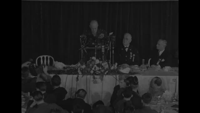 three shots of general dwight eisenhower giving speech at head table at banquet in palmer house / in chicago coliseum, american legion national... - vangen bildbanksvideor och videomaterial från bakom kulisserna