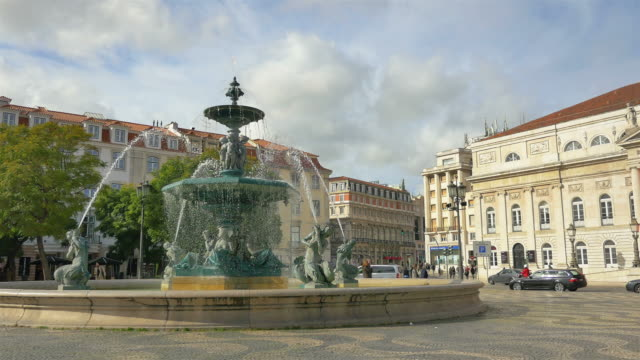 Three videos of fountain on the Rossio Square–Lisbon in 4K