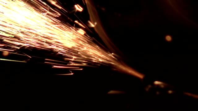 3 つのビデオミルスパークで本物のスローモーション - 鋼点の映像素材/bロール