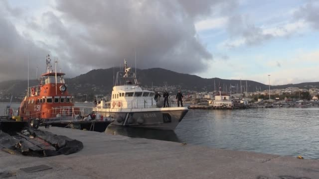 three years after the eu turkey pact that cut off the aegean migration route to europe fewer migrants are arriving on the greek coast but durable... - durevolezza video stock e b–roll