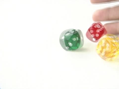 vídeos de stock e filmes b-roll de throwing three dice - três objetos