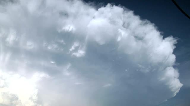 thunder cloud anvil, timelapse - cumulonimbus stock videos & royalty-free footage