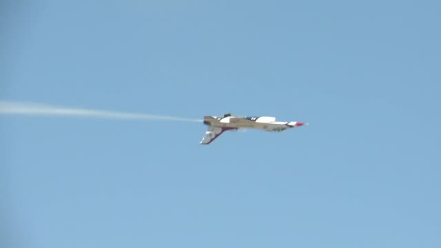 Thunderbirds at the Barksdale Air Force Base Air Show on April 25