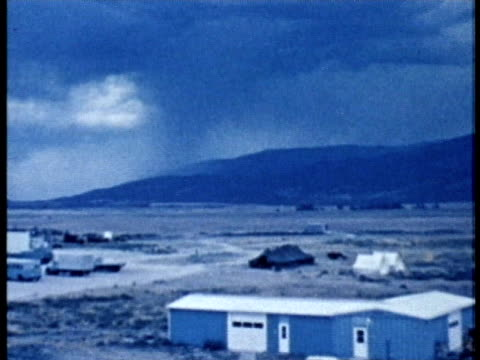 1975 MONTAGE WS Thunderstorm and forked lightning at day and night / United States / AUDIO