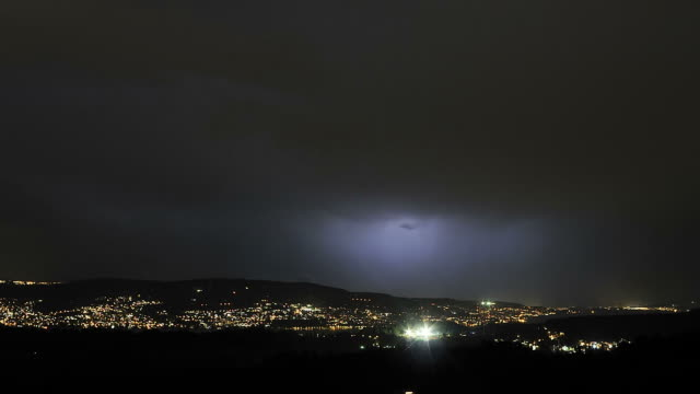 vidéos et rushes de thunderstorm and lightning - switzerland