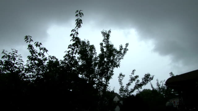 thunderstorm approaches the new york city metro. - approaching stock videos & royalty-free footage