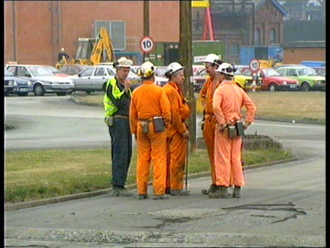 Thurcroft colliery accident 41 miners taken to hospital ENGLAND S Yorks Nr Rotherham Thurcroft Colliery GV Pit buildings PAN RL GV Pit winding gear...