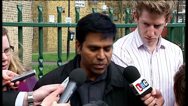 thusha kamaleswaran shooting in stockwell police search for gunman velluppillai navaratnam statement to press sot - ストックウェル点の映像素材/bロール