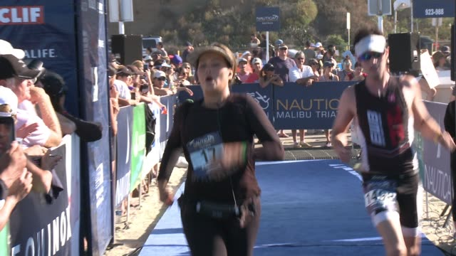 stockvideo's en b-roll-footage met tia carrere at nautica malibu triathlon presented by equinox on september 20, 2015 in malibu, california. - tia carrere