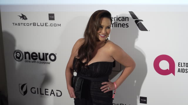 vídeos de stock, filmes e b-roll de tia carrere at the 27th annual elton john aids foundation academy awards viewing party sponsored by imdb and neuro drinks on february 24 2019 in west... - tia carrere