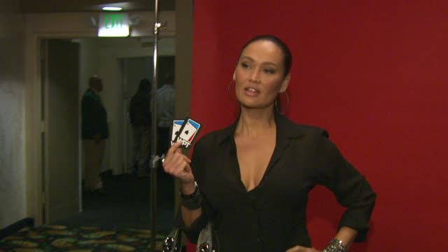 stockvideo's en b-roll-footage met tia carrere at the 8th annual wpt invitational at city of commerce ca. - tia carrere
