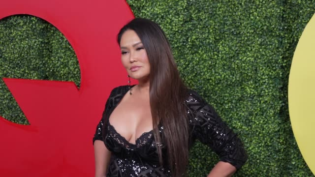 stockvideo's en b-roll-footage met tia carrere at the gq 2018 men of the year celebration at benedict estate on december 06, 2018 in beverly hills, california. - tia carrere