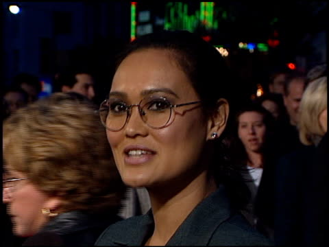tia carrere at the 'titanic' premiere at grauman's chinese theatre in hollywood california on december 14 1997 - premiere stock-videos und b-roll-filmmaterial