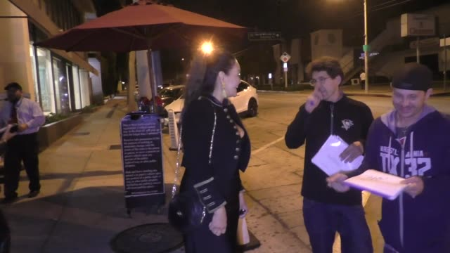 stockvideo's en b-roll-footage met tia carrere talks about her new series aj & the queen & the brett kavanaugh hearing outside craig's in west hollywood in celebrity sightings in los... - tia carrere