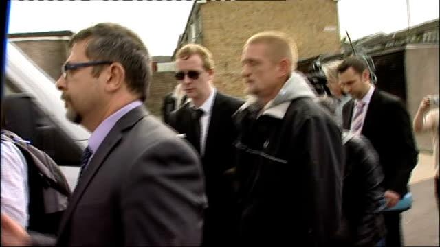 Stuart Hazell appears via video link at the Old Bailey T08081216 / TX ENGLAND London Croydon New Addington PHOTOGRAPHY** Stuart Hazell along through...