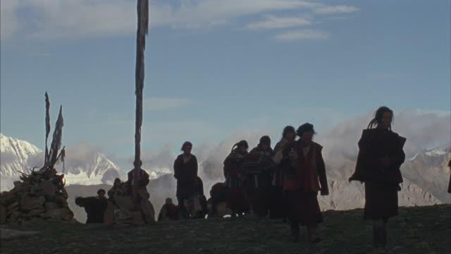 tibetan mountains pilgrimage - pilgrim stock videos & royalty-free footage