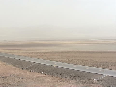 yellow river ice floes / steppe landscape; various shots of the barren steppe landscape of the tibetan plateau, with brown, arid and empty expanse of... - tibetan plateau stock videos & royalty-free footage