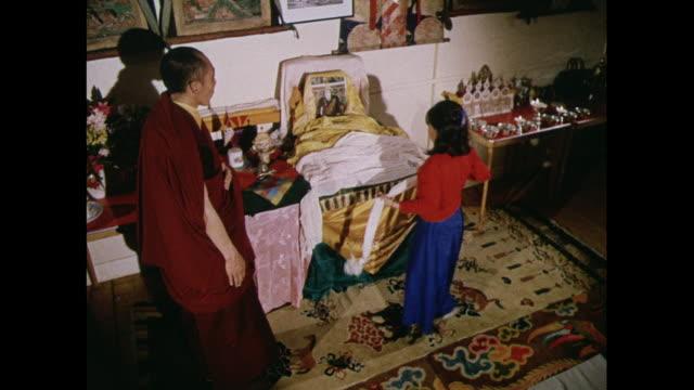 vídeos y material grabado en eventos de stock de montage tibetan prayer ritual at pestalozzi village, england - east sussex