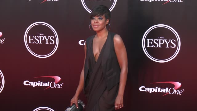 vídeos y material grabado en eventos de stock de tichina arnold at the 2016 espy awards at microsoft theater on july 13 2016 in los angeles california - premios espy
