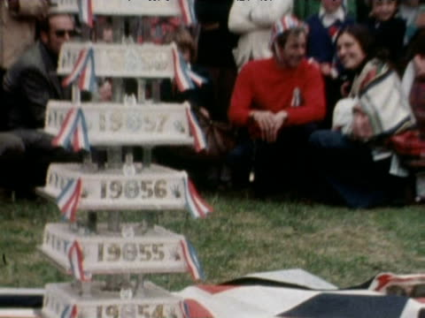 tiered cake at street party during queen elizabeth ii silver jubilee celebrations 1977 - street party stock videos and b-roll footage