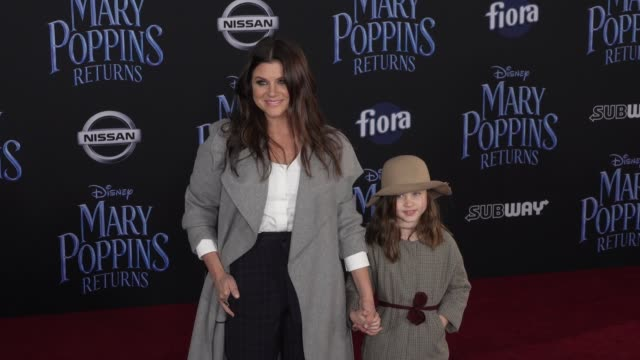 tiffani thiessen and harper renn smith at the disney's mary poppins returns world premiere at dolby theatre on november 29 2018 in hollywood... - tiffani thiessen stock videos & royalty-free footage