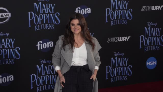 tiffani thiessen at the disney's mary poppins returns world premiere at dolby theatre on november 29 2018 in hollywood california - tiffani thiessen stock videos & royalty-free footage