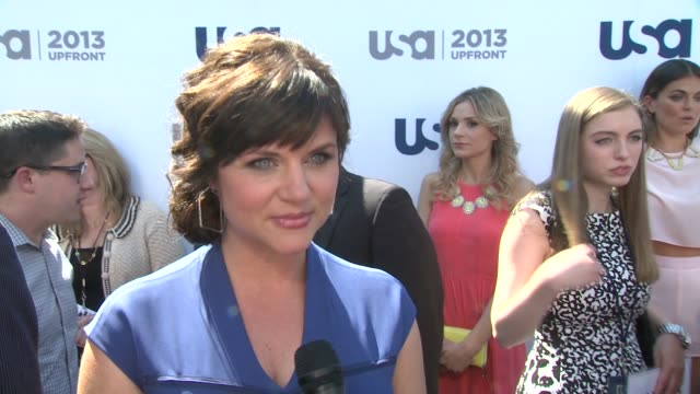 interview tiffani thiessen on the new season of her show white collar giving birth and working through the fall at usa network 2013 upfront event at... - white collar worker点の映像素材/bロール