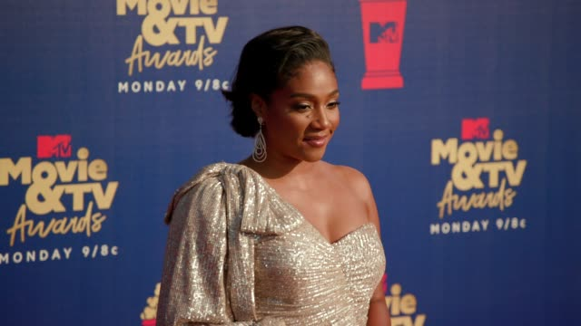 tiffany haddish at the 2019 mtv movie tv awards at barkar hangar on june 15 2019 in santa monica california - mtv movie & tv awards stock videos & royalty-free footage