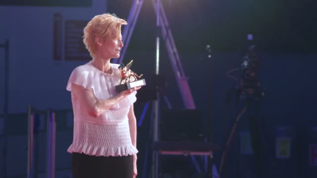 tilda swinton opening ceremony golden lion for lifetime achievement ceremony to tilda swinton, red carpet arrivals , 77th venice film festival at... - べネチア国際映画祭点の映像素材/bロール