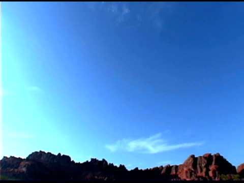 tilt down over mountain landscape, valley of fire state park, nevada - tilt down stock videos & royalty-free footage
