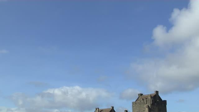 Tilt Down Shot Reveal Eilean Donan Castle Scotland United Kingdom