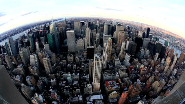 HD-Schwenk nach:  New York City Skyline Luftbild