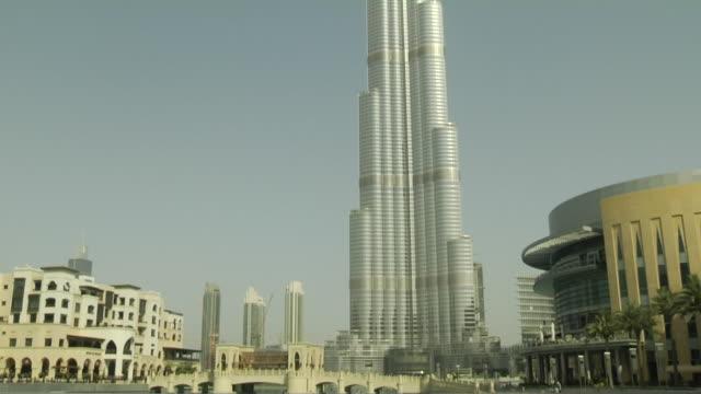 Tilt Up Burj Khalifa Dubai United Arab Emirates